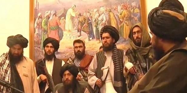 अफगानिस्तानमा तालिवानद्वारा राष्ट्रपति भवन कब्जा, राष्ट्रपति भागे